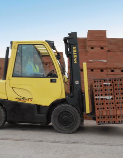 Carretillas Frontales Diesel y GLP HYSTER KARBAR Publi 5