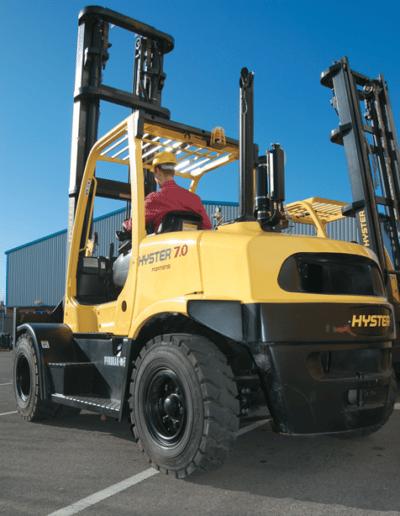 Carretillas Frontales Diesel y GLP HYSTER KARBAR Publi 7